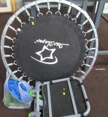 Snall fitness trampoline and abs cruncher