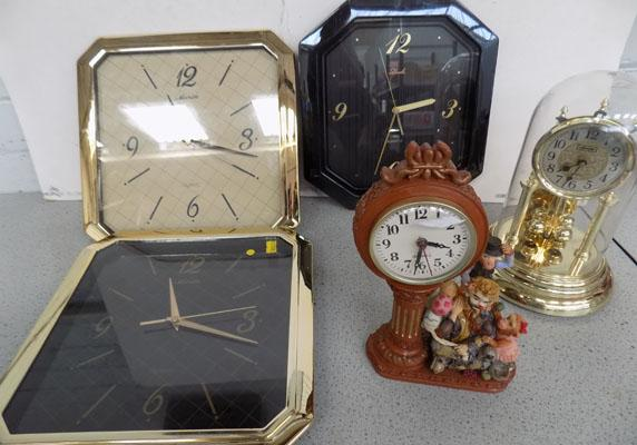 Collection of 5 clocks