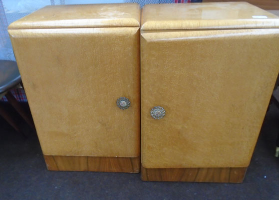 2x Maple bedside cabinets