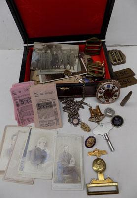 Collection of WW1 & WW2 items, some rare