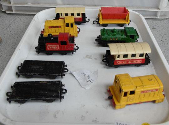 Tray collection of train/carriages die cast