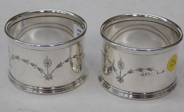 Pair of heavy sterling silver napkin rings
