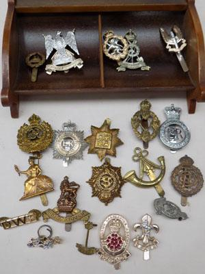 Collection of WW1 & WW2 cap badges