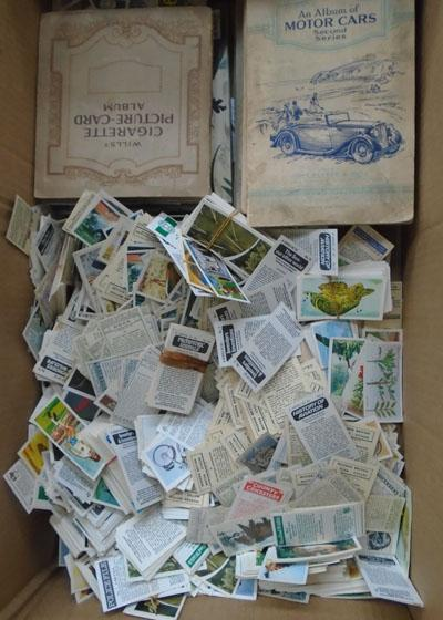Cigarette cards & albums & tea cards and albums