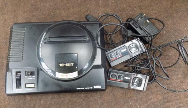 16 Bit mega drive with leads & controllers