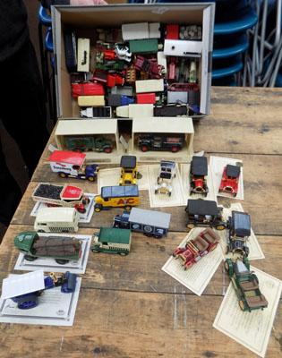 Large collection of collectable die cast vehicles inc 40th Anniversary matchbox