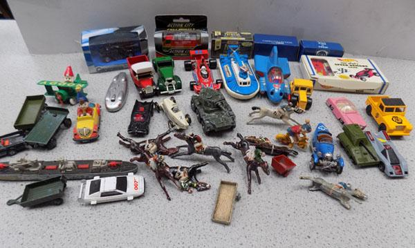 Box of mixed boxes & unboxed die cast