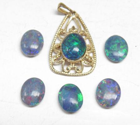 Bag of real opals for jewellery making pendant