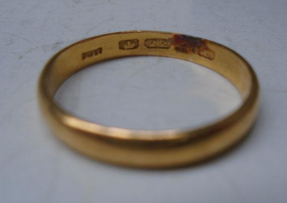 22ct gold wedding band ring app 3.9g