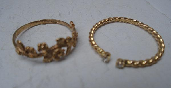2x 9ct Gold rings