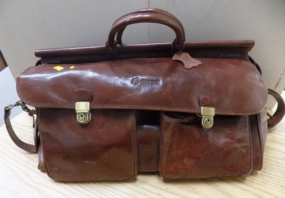 Barucci leather holdall