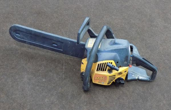 McCulloch petrol chainsaw in working order