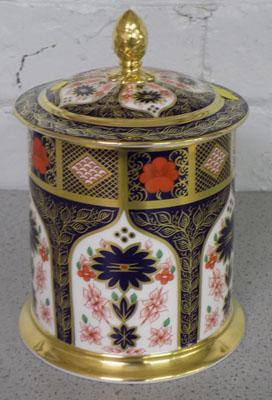 Royal Crown Derby Old Imari storage jar
