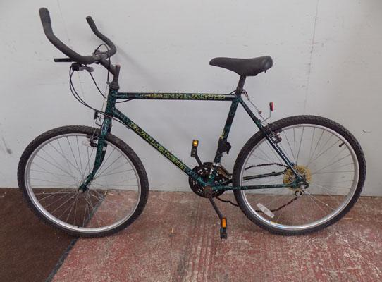 "Raleigh Outland black bike 26"" rigid 18 gears"