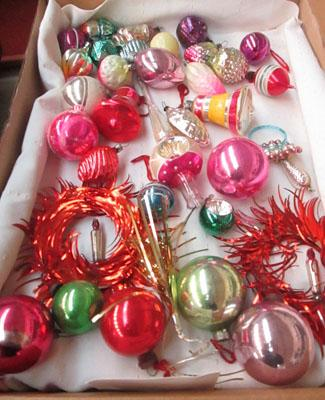 Vintage collectors Xmas decorations