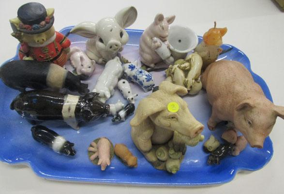Tray of pig ornaments