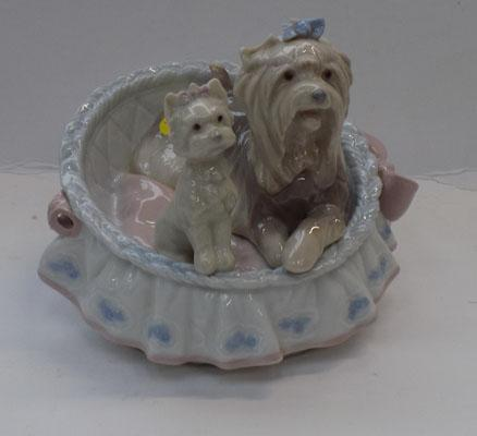 Lladro 2 Yorkshire Terriers in basket (damage on ear)