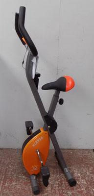 Fold-up exercise bike (with instructions)