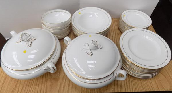 37 Pieces Royal Worcester contessa