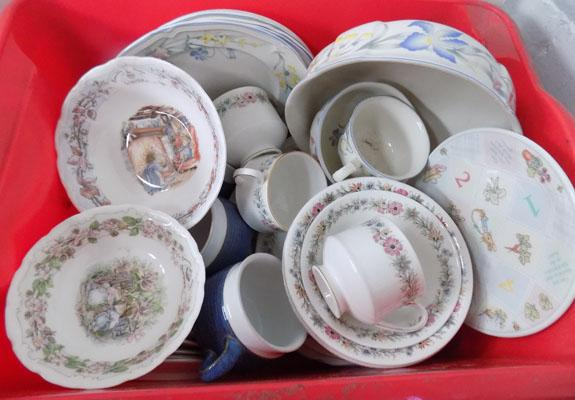 Box of mixed dinner sets inc Paragon, Royal Doulton