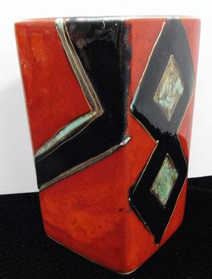 Anita Harris signed square abstract 15cm vase