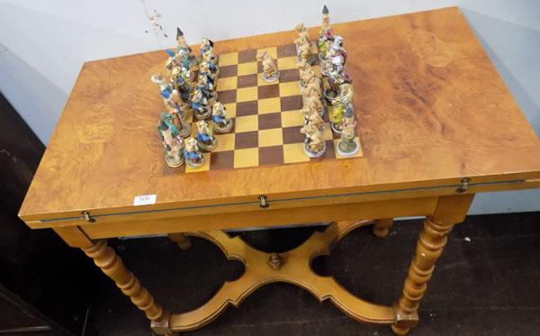 Vintage chess/games table & chess set