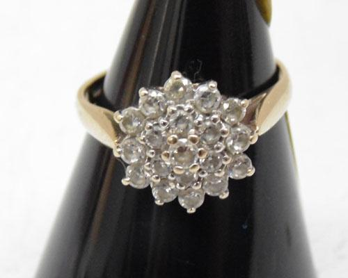 9ct Gold clear stone ring size approx J