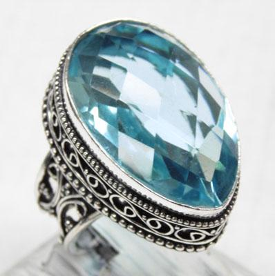 925 Silver large blue topaz ring size R1/2