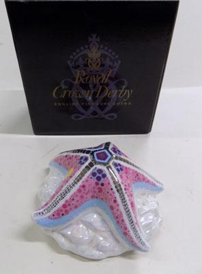 Royal Crown Derby paperweight - Starfish Candy