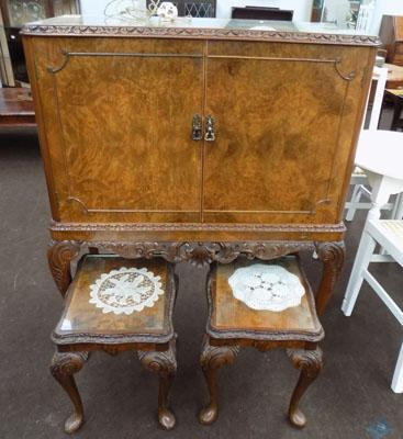 Vintage drinks cabinet with matching tables (key in office)