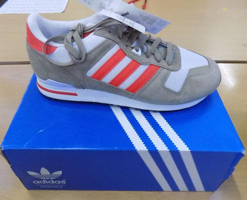Addidas ZX700 trainers size 10