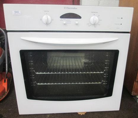 Brand new Electrolux oven w/o