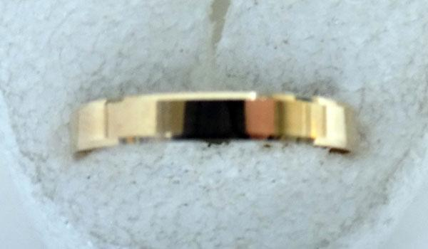 9ct Gold Wedding band ring size approx Q