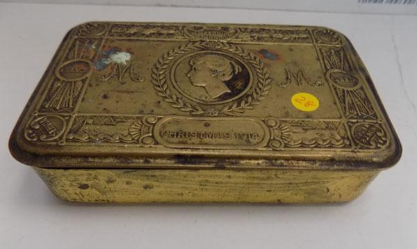 Queens Christmas tin 1914