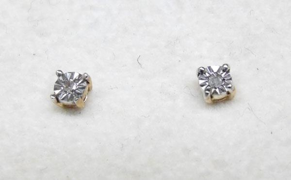 Pair 9ct gold diamond stud ear rings