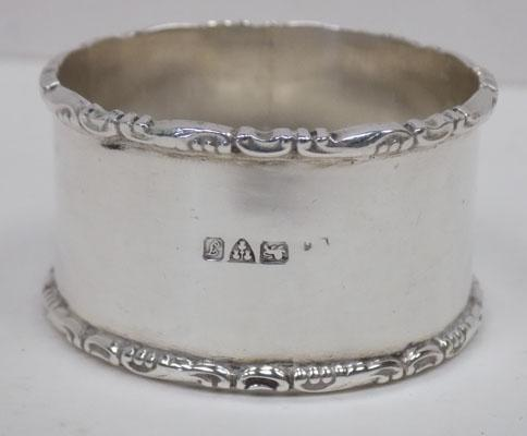 Heavy sterling silver Chester hallmarked napkin ring