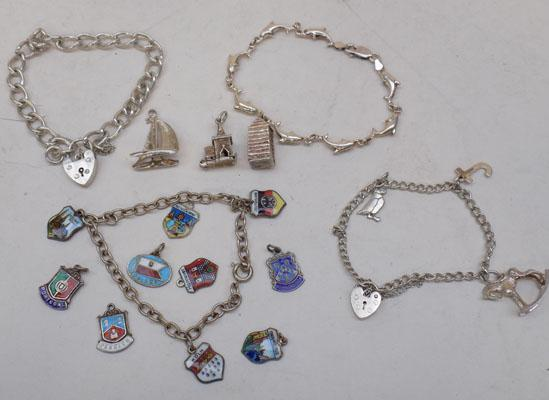 4x Silver bracelets & collection of silver charms