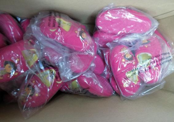 Box of Dora the explorer slippers