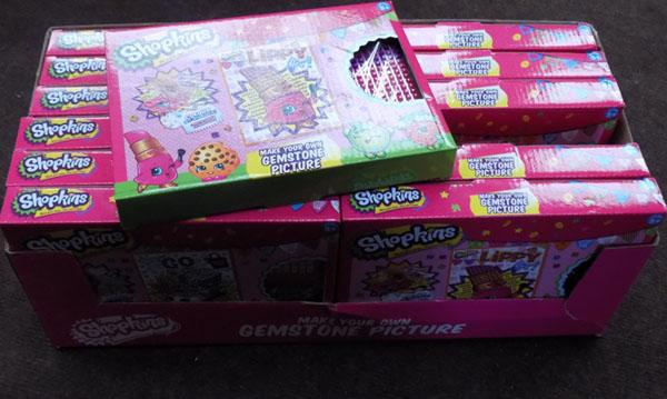 Box of Shopkins gemstone picture packs