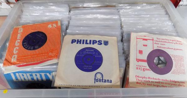 Records-collectable singles