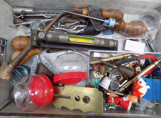 Box of mixed collectables & jewellery tools