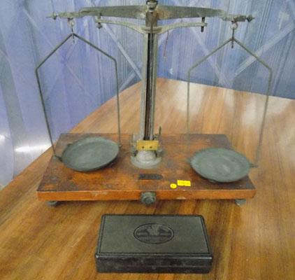 Old scales & weights