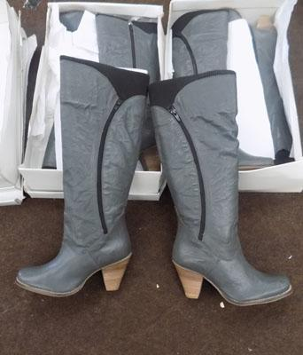 3x Pairs of ladies boots size 38