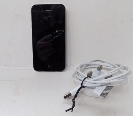 I-phone 4 16gb with lead