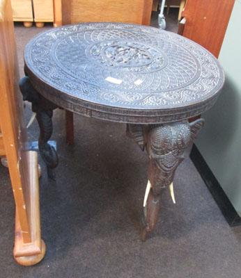 Elephant carved table