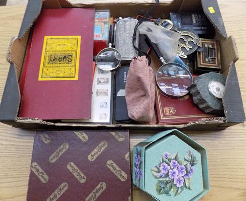 Box of vintage items