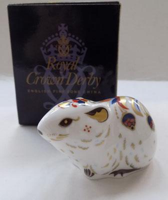 Royal Crown Derby Bank Vole gold stopper
