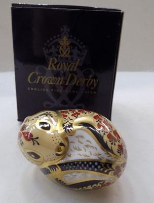 Royal Crown Derby Field Mouse gold stopper