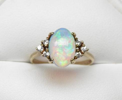 9ct Gold Opal and Whitestone ring