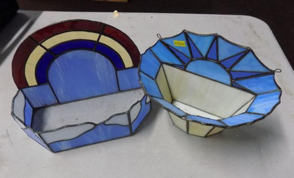 2 coloured glass planters